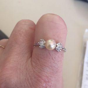 Jewelry - Daydreamer ring by vantel